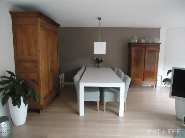 Woonkamer een kleur geven for - Een kleine rechthoekige woonkamer geven ...