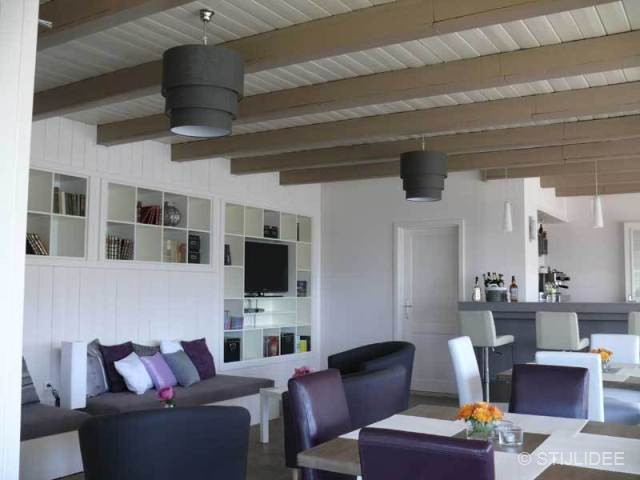 Eetkamer hotel in oostenrijk na stijlidee interieuradvies for Kleurcombinaties interieur
