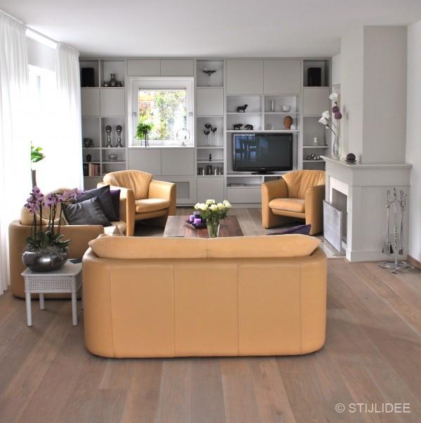 Raam woonkamer speelhoek - Opruimen houten balk ...