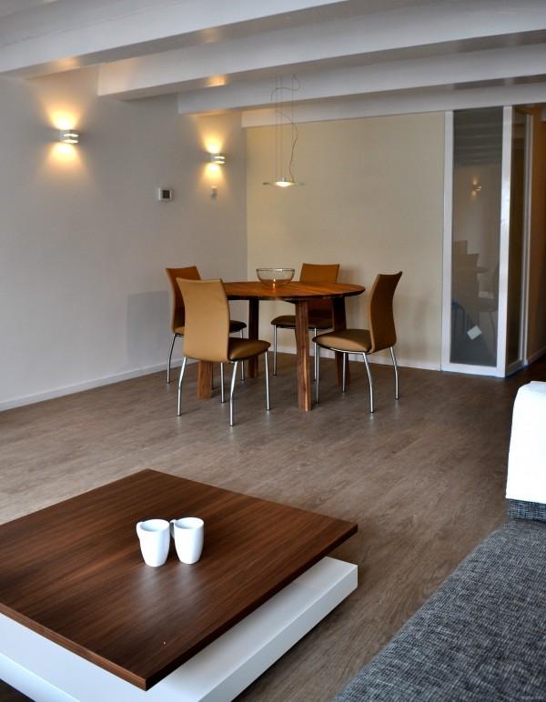 Binnenkijken in een pakhuis in amsterdam na stijlidee for Interieuradvies amsterdam