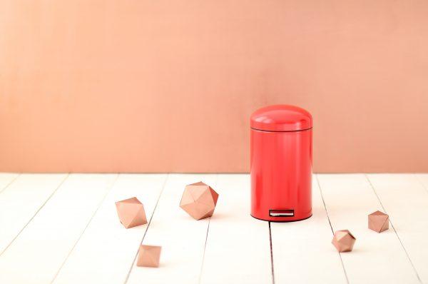 5 stylingtips hoe breng je meer sfeer in een witte keuken - Hoe kleed je een witte muur ...