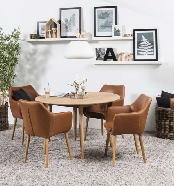 Stoelen de nieuwste eetkamerstoelen in scandinavisch for Eettafel scandinavisch