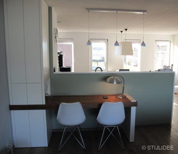 Binnenkijken in een woning in modern landelijke stijl for Huizen moderne stijl