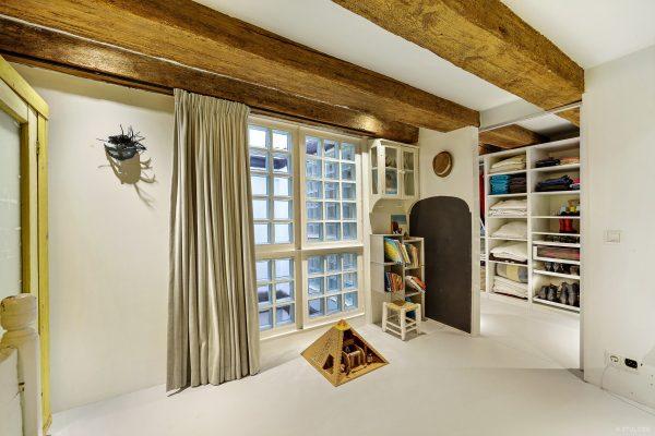 Binnenkijken in een pakhuis op prinseneiland in for Interieuradvies amsterdam