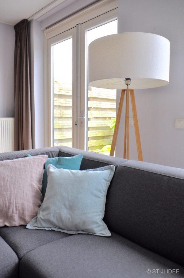 Binnenkijken in ... een woonkamer in modern kleurrijke stijl in Leidsche Rijn na STIJLIDEE Interieuradvies en Styling